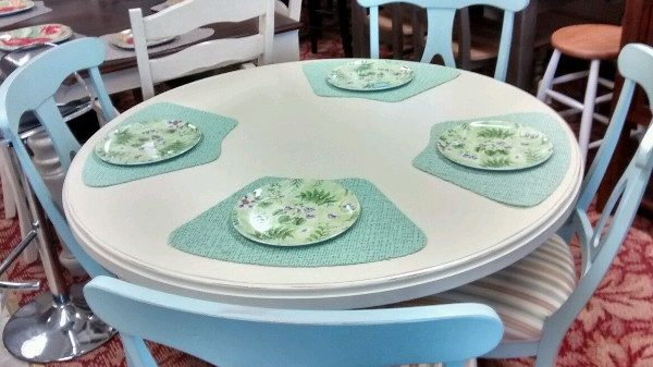 Island Harbor Solid Birch Table and Chairs