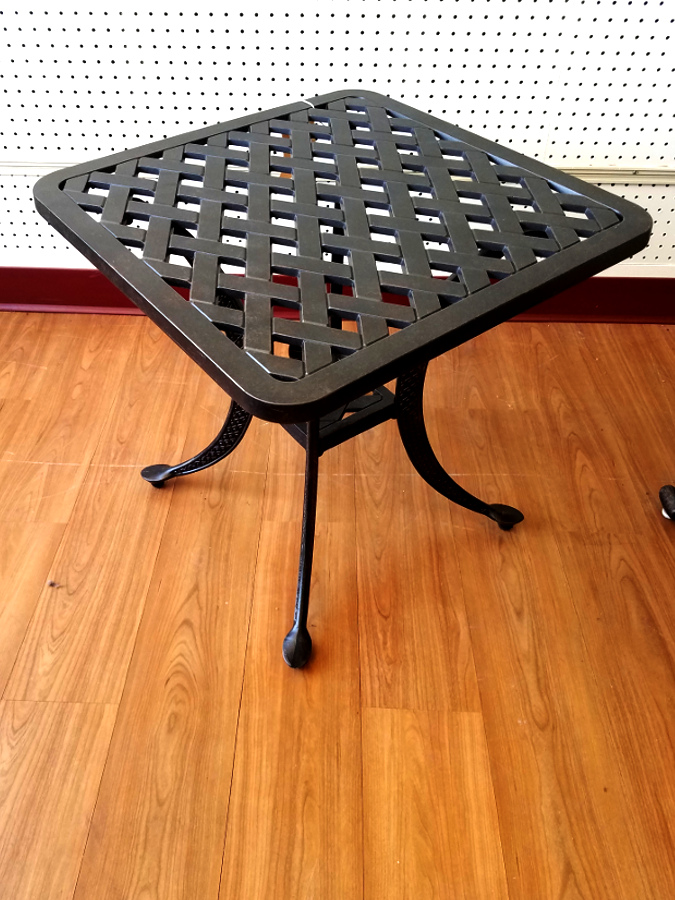 Basket Weave Pattern End Table