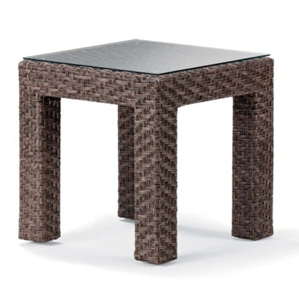 Lake Shore Wicker End Table with Tempered Glass
