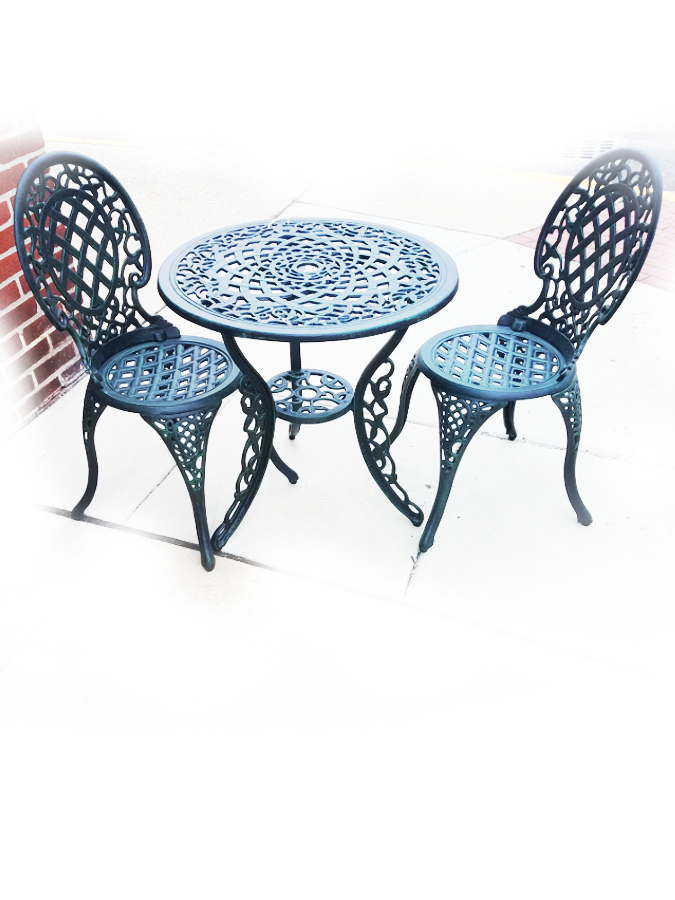 Bistro Table and Chairs - Grape Design