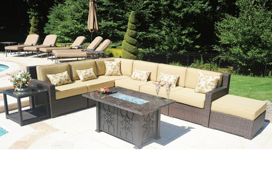 The Aberdeen Collection Seating Group With Fire Pit