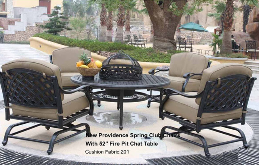 The New Providence Collection Spring Club Chair Set